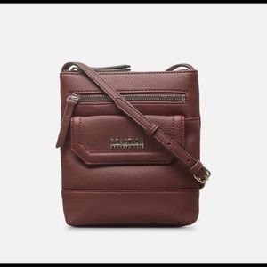 Reaction Kenneth Cole Crossbody Bag